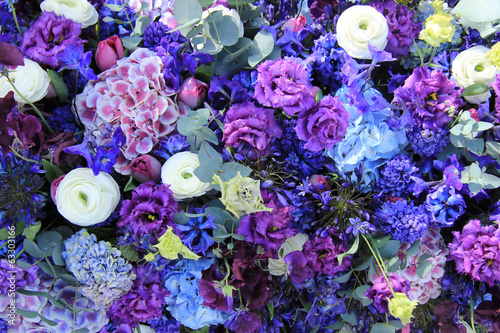 Blue wedding arrangement