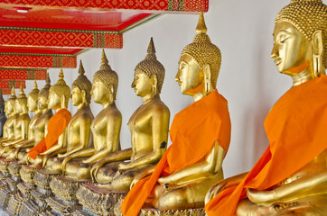 Nice Gold Buddha Statue