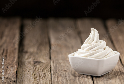 Refreshing bowl of vanilla ice cream