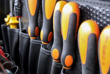 Schraubendreher in Werkzeugkiste