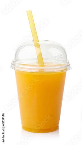 Fresh orange juice - 63337378
