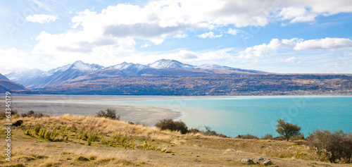 Foto op Canvas Wit Beautiful scenery Tasman turquoise lake in autumn Mt Cook , NZ