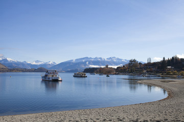 On a beautiful day at the lake Wanaka in New Zealand