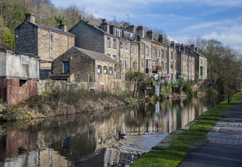 canal side houses in Yorkshire