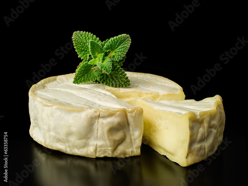 brie cheese with fresh mint