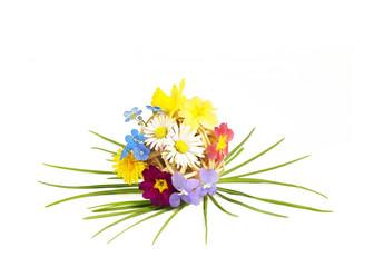 Dekokugel mit Frühlingsblumen