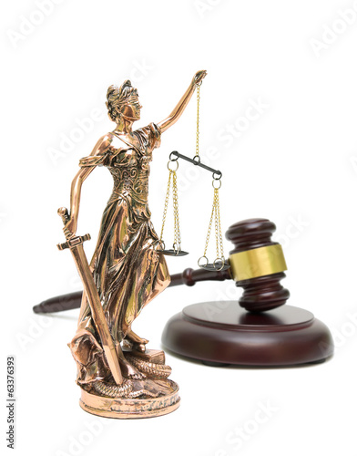 statue of justice and gavel isolated on white background