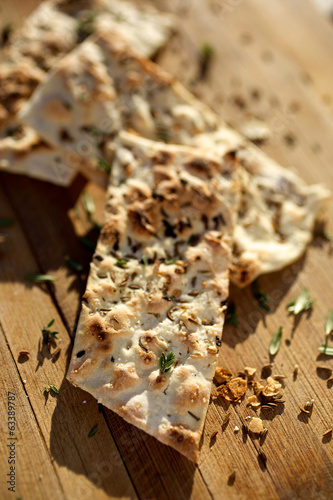 Flat bread with spices
