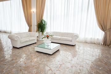 Minimal lounge
