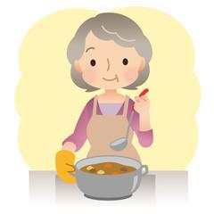 料理をする女性 高齢者
