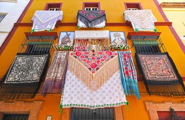 Balcones de Andalucía en fiestas, España