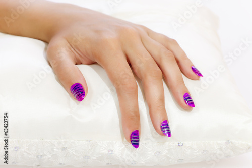 hand-painted fingernails relaxed