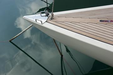 Prua di barca a vela
