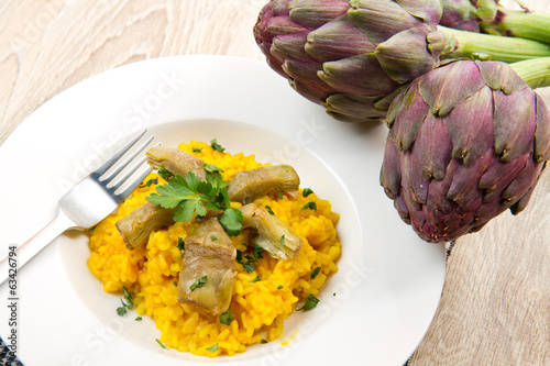 Italian risotto with artichok