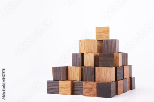 Construction of wooden cubes