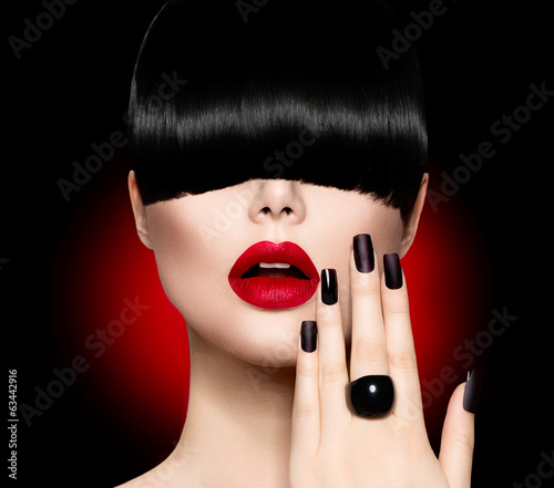 Fashion Model Girl with Trendy Hairstyle, Makeup and Manicure - 63442916