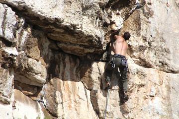 Climbing (Calanques de Marseille - France)