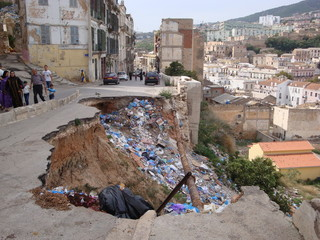 pollution Algérie, Oran, casbah.