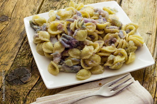 Orecchiette pasta with purple cauliflower