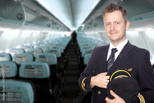 Pilot of passenger aircraft