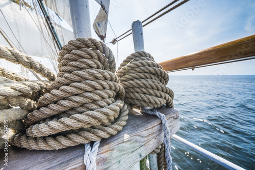 Wooden pulley and ropes on old yacht. - 63459591
