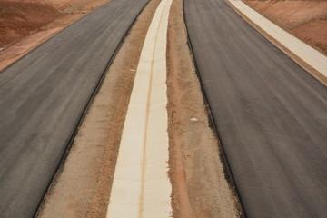 proyecto de nueva carretera en obras