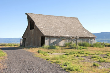 Summer Lake Barn