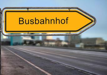 Strassenschild 14 - Busbahnhof