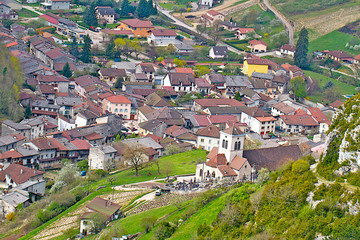 VILLAGE DE CERDON