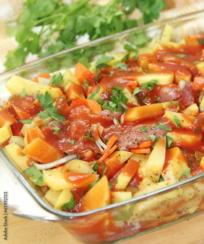 Meat with potatoes and vegtables