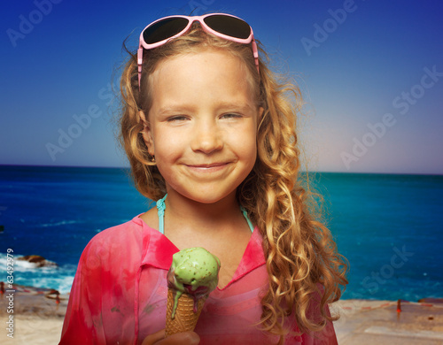 Child with ice cream