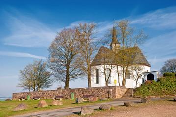 Kreuzkapelle bei Bad Camberg, Wahrzeichen des Goldenen Grundes