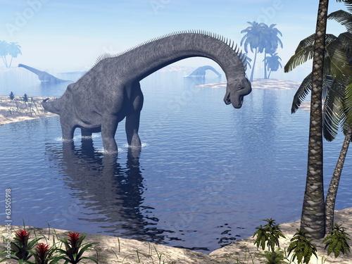 brachiosaurus-dinozaur-w-wodzie-3d-render