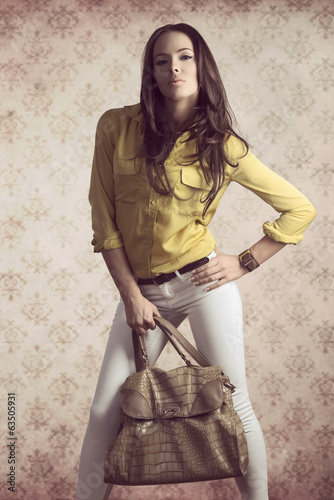 girl with fashion bag