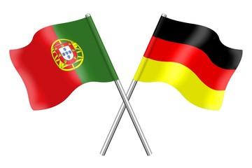 Fahnen: Deutschland und Portugal