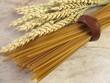 Vollkorn Linguine und Weizenähren