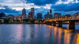 Fototapety Portland Skyline Along Willamette River