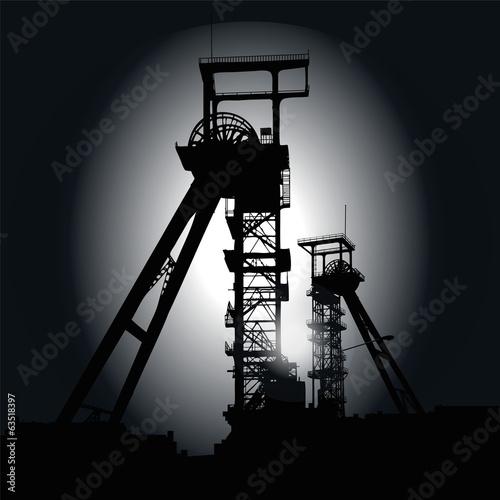 Fördertürme in der Nacht - 63518397