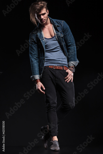 sexy fashion man with one hand his pocket