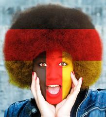 Deutschland Fan - Junge Frau mit Deutschlandfarben