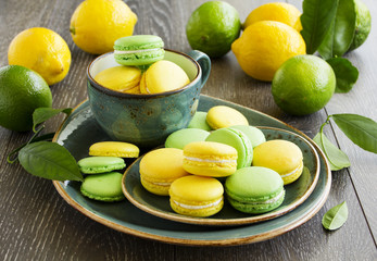 Key lime and lemon macaroon.
