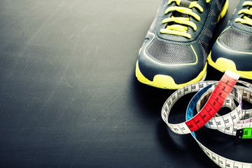 Sport shoes and measuring type