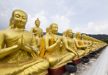 Buddha and disciple statues, Makabucha posture, Thailand