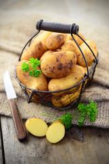 Kartoffeln, Korb