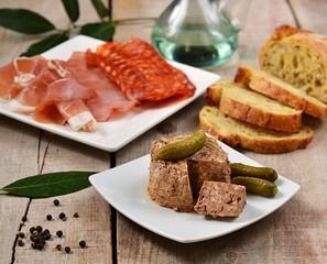 Tapas (ham and pâté)