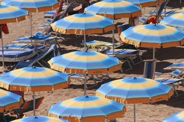 sanremo spiaggia ombrelloni