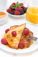 French toast with raspberries and honey for breakfast