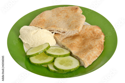 Pitta Bread with Hummus and Cucumber