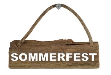 Isoliertes Holzbrett mit Seil zum Aufhängen: Sommerfest