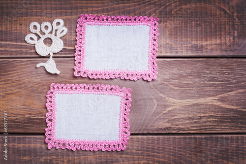 Napkin with pink lace